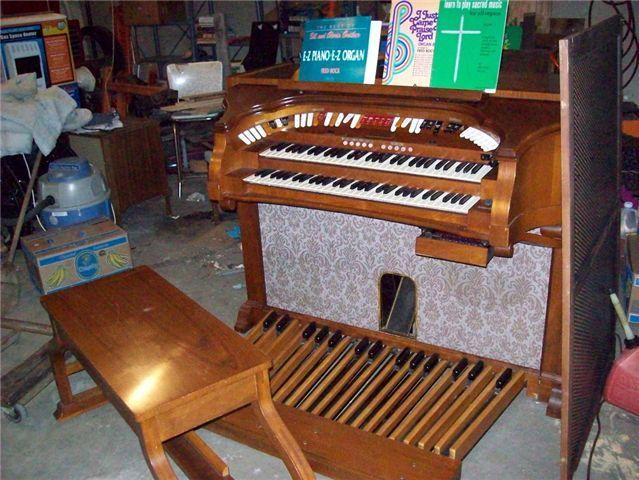 baldwin organ dating
